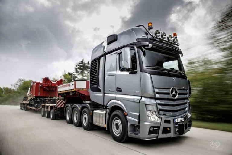 Перевозка крупногабаритных грузов автомобильным